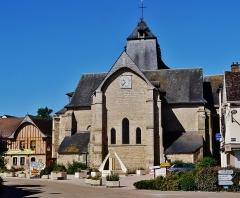 Eglise - Deutsch: Chor der Kirche St. Johannes der Täufer, Chaource, Département Aube, Region Champagnes-Ardenne (heute Großer Osten), Frankreich