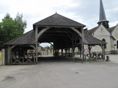 Halle - English: The market hall of Lesmont (Aube, France).