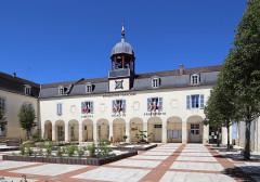 Couvent des Ursulines - Nederlands: Bar-sur-Aube (departement Aube, Frankrijk): stadhuis