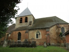Eglise - English: Old cemetery in front of the church of Mesnil-Saint-Père (Aube, France).