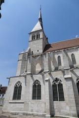 Eglise Saint-Pierre - La collégiale Saint-Pierre-ès-Liens à Mussy-sur-Seine (Aube, Champagne-Ardenne, France).