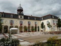 Couvent des Ursulines - Français:   Ancien couvent des Ursulines, actuel hôtel de ville