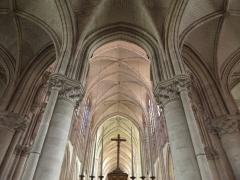 Cathédrale Saint-Pierre Saint-Paul - Rond point du chœur de la cathédrale Saint-Pierre et Saint-Paul de Troyes (10).
