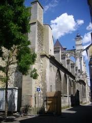 Eglise Saint-Jean - Église Saint-Jean-du-Marché de Troyes (Aube, France): flanc sud