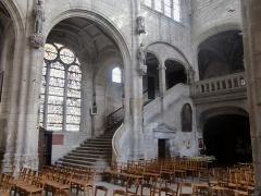 Eglise Saint-Nicolas - Français:   Église Saint-Nicolas de Troyes (Aube, Champagne, France): escalier monumental desservant la tribune