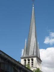 Eglise Saint-Rémy - Français:   Photographie du clocher de l\'église Saint-Rémi de Troyes dans l\'Aube