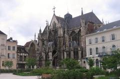 Eglise Saint-Urbain - Exterieur de l'église