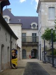 Hôtel-Dieu - Français:   Cité du vitrail, à Troyes (Aube, France)