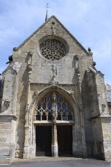 Eglise - This building is classé au titre des Monuments Historiques. It is indexed in the Base Mérimée, a database of architectural heritage maintained by the French Ministry of Culture,under the reference PA00078330 .