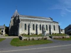Eglise - English:   Église Saint-Rémi d\'Aouste, extérieur vue du sud