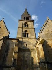 Eglise - English: Attigny (Ardennes) église Notre-Dame, la tour vue du nord