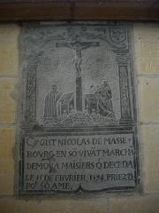 Basilique Notre-Dame de l'Espérance - Français:   Basilique Notre-Dame-d\'Espérance de Charleville-Mézières (Ardennes, France), dalle funéraire de Nicolas de Masse