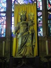 Basilique Notre-Dame de l'Espérance - Français:   Basilique Notre-Dame-d\'Espérance de Charleville-Mézières (Ardennes, France), Vierge à l\'Enfant dite Notre-Dame-d\'Espérance