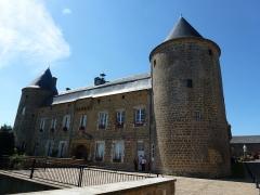 Château - English: L'Échelle (Ardennes) château (mairie et musée)