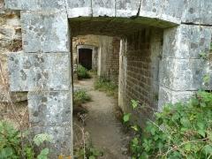 Fortifications - Français:   Rocroi: Célèbre ville connue pour sa fortification en forme d\'étoile.