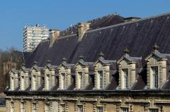 """""""Château-Bas"""", à l'entrée de la citadelle - German amateur photographer, wikipedian and mathematician"""