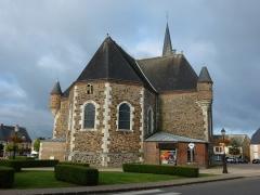 Eglise - English: Église Saint-Nicolas de Signy-le-Petit, vue de l'est
