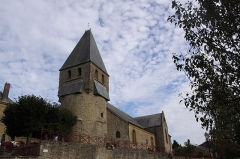 Eglise - This building is indexed in the base Mérimée, a database of architectural heritage maintained by the French Ministry of Culture,under the reference PA00078533 .