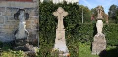 Trois croix de chemin - Français:   En réalité, les 3 Croix de Tourteron font l'objet de l'inscription PA00078534. Je vous envoie une photo réunissant les 3 croix.