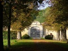 Château de Braux - Français:   Château de Braux-Sainte-Cohière (Marne, France), portail d\'entrée