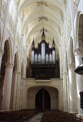 Cathédrale Saint-Etienne - English:  Châlons-en-Champagne, cathedral Saint-Étienne, view to the organ