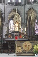 Eglise Notre-Dame-en-Vaux et son cloître - English: Châlons-en-Champagne, Collégiale Notre-Dame-en-Vaux, high altar