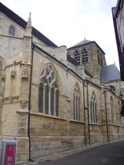 Eglise Saint-Alpin - Église Saint-Alpin de Châlons-en-Champagne (Marne, France), vue depuis la rue Saint-Alpin