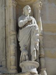 Eglise Saint-Alpin - Église Saint-Alpin (Châlons-en-Champagne) statue 2 de la façade