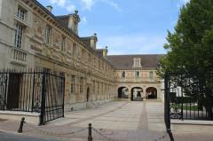 Grand séminaire  ou ancien couvent Sainte-Marie ou Hôtel de Jessaint - English: Châlons-en-Champagne, the Couvent Sainte-Marie