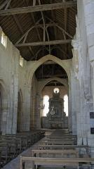 Eglise Notre-Dame-du-Soldat - Français:   la nef de l\'église de Hans , la voute n\'est pas rebâtie.