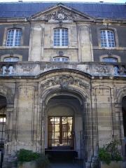 Abbaye Saint-Denis -  Musée des beaux-arts de Reims (Marne, France)