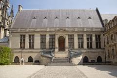 Ancien archevêché, actuellement Palais du Tau - Nederlands: Palais du Tau, Reims.