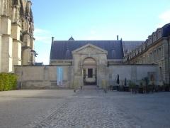 Ancien archevêché, actuellement Palais du Tau - Palais du Tau à Reims (Marne, France)