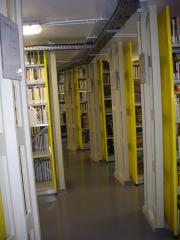 Bibliothèque Carnégie - Français:   Bibliothèque Carnegie de Reims (Marne, France): les réserves