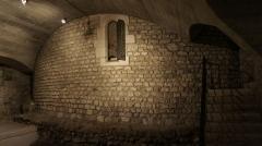 Cathédrale Notre-Dame - Crypte de la première basilique en 401.