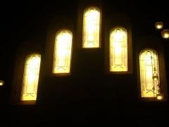 Eglise Saint-Nicaise - Intérieur de l'église Saint-Nicaise de Reims (Marne, France): vitraux en remplacement de ceux de Lalique, transept sud