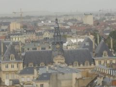 Hôtel de ville - Français:   Clocheton et toiture de l\'hôtel de ville de Reims (Marne, France), vu depuis la cathédrale