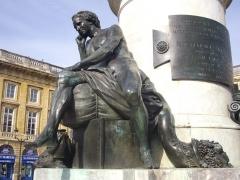 Place Royale - Français:   Statue de Louis XV, sur la Place Royale de Reims (Marne, France)