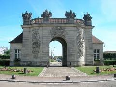 Porte du Pont - Français:   Porte du Pont à Vitry-le-François (Marne, France).