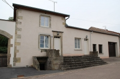 Maison Joly-Catel - English:   Joly-Catel house at 1 Fourgueneau street in Serqueux, Haute-Marne, France.