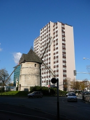 Moulin à vent - English: Ivry-sur-Seine windmill