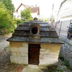 Eaux du Pré-Saint-Gervais : Regard du Trou-Morin - English: Le Pré-Saint-Gervais, Seine-Saint-Denis, France. Regard du Trou-Morin.