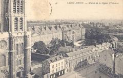 Ancienne abbaye Saint-Denis, actuellement maison d'éducation de la Légion d'Honneur - photographer