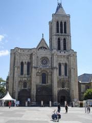 Basilique Saint-Denis - English: Basilique Saint-Denis, façade ouest