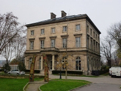 Château - English: Château de Saint-Ouen