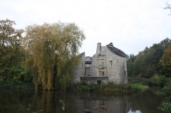 Château de la Chasse - This building is indexed in the Base Mérimée, a database of architectural heritage maintained by the French Ministry of Culture,under the reference PA00080202 .