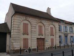 Maison - English: Monument historique house at 46 rue de la République, in Villiers-le-Bel (Val-d'Oise, France).