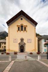 Eglise Saint-Nicolas-de-Myre - Français:  Façade de l'église Saint-Nicolas-de-Myre de Jausiers (France).