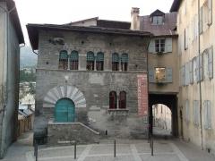 Maison des Chanonges ou du Chapître, anciennement collège des Chanoines de la cathédrale - Français:   Maison des Chanonges (Classé)