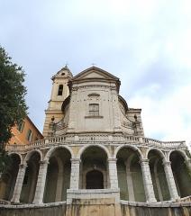 Ancienne abbaye de Saint-Pons, actuellement hôpital Pasteur - Français:   Mosaïque en 3 photos de la façade sud du bâtiment, près de l'hôpital Pasteur